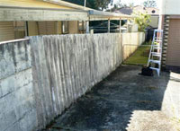 Common Fencing With Asbestos